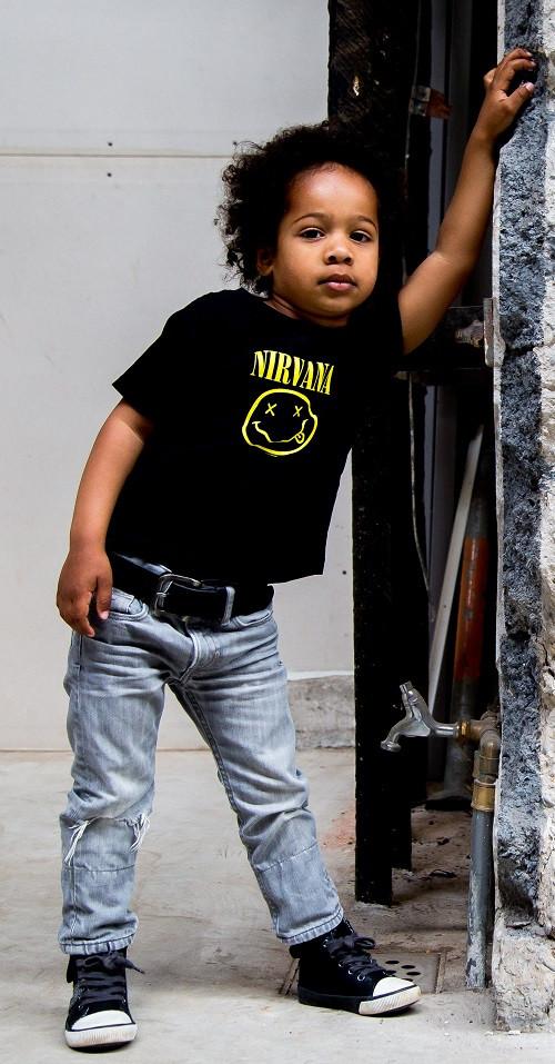 "Nirvana ""Smiley"" Kinder t-shirt foto-shooting"